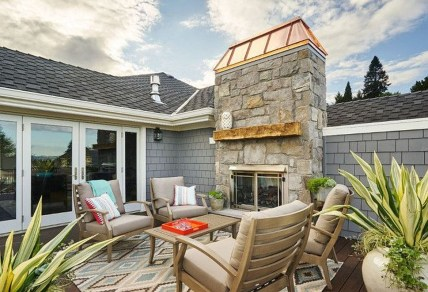 Fabulous DIY Projects To Make Small Backyard More Cozy 32