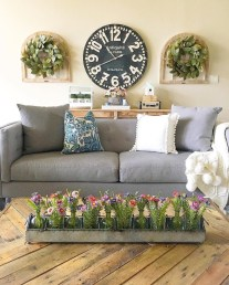 Gorgeous Wall Clock Decoration for Your Small Living Room25