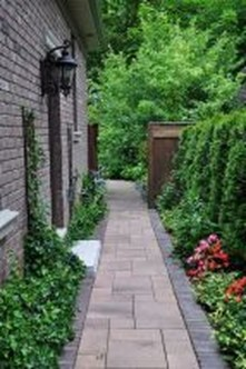 Most Amazing Side Yard Landscaping Ideas to Beautify Your Garden 30
