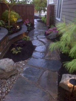 Most Amazing Side Yard Landscaping Ideas to Beautify Your Garden 33