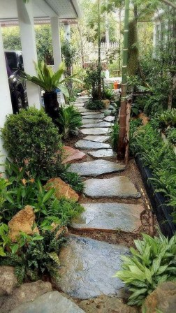 Most Amazing Side Yard Landscaping Ideas to Beautify Your Garden 44