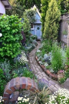 Most Amazing Side Yard Landscaping Ideas to Beautify Your Garden 55