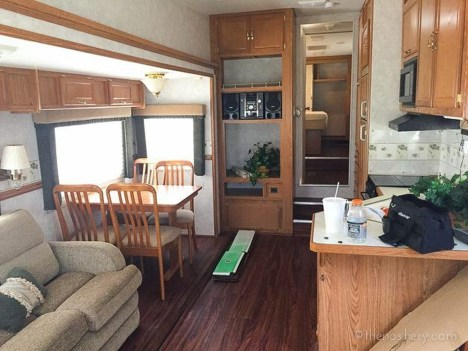 Perfect Travel Trailer Decorating To Make Your Trip Enjoyable 02