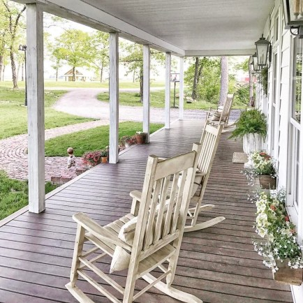 Porch Modern Farmhouse a Should You Try24