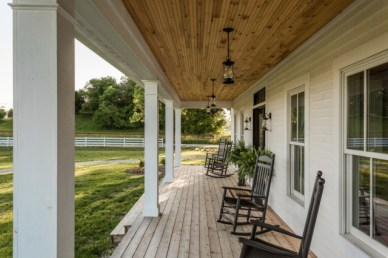 Porch Modern Farmhouse a Should You Try26