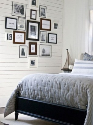 Simple And Memorable Photo Frame Decoration on Your Bedroom Wall 18