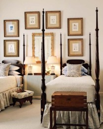 Simple And Memorable Photo Frame Decoration on Your Bedroom Wall 28