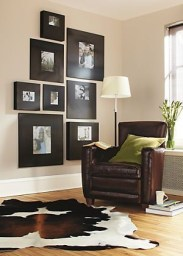 Simple And Memorable Photo Frame Decoration on Your Bedroom Wall 42