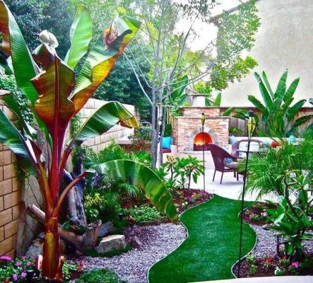 The Design of a Small, Simple Backyard You Must Have 06