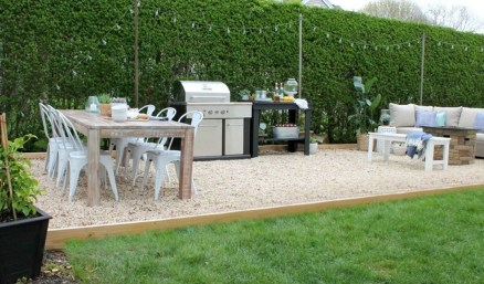 The Design of a Small, Simple Backyard You Must Have 30