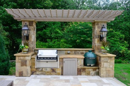 Amazing Outdoor Kitchen Bars to Finish This Summer 02