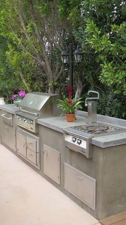 Amazing Outdoor Kitchen Bars to Finish This Summer 14