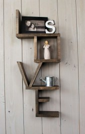 Cool Interior Design DIY Pallet to Beautify Wall Hangings of your Home 31