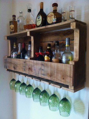 Cool Interior Design DIY Pallet to Beautify Wall Hangings of your Home 56