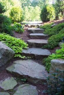 Mesmerizing Side Yard Landscaping Design Ideas to Perfect Your Garden Design 31