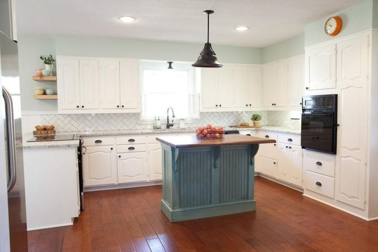 Most Amazing Kitchen Cabinet Makeover Design and Project 24