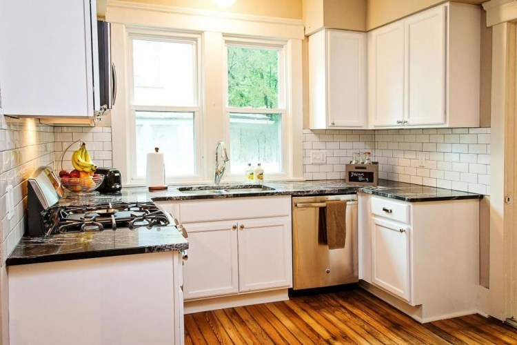 Most Amazing Kitchen Cabinet Makeover Design and Project 51