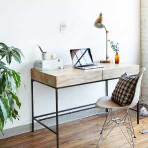 Superb DIY Wood Furniture for Your Small House and Cost-efficiency 32