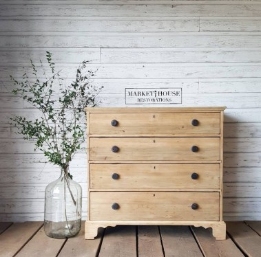 Superb DIY Wood Furniture for Your Small House and Cost-efficiency 35