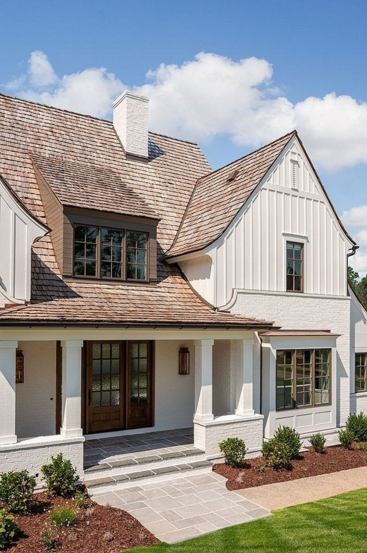 Variety of Colors Charming Exterior Design for Country Houses to Look Beautiful 07