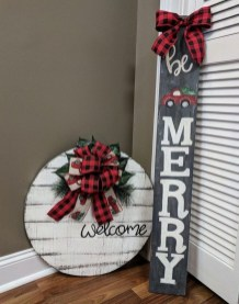 Best DIY Christmas Decoration to Perfect Your Home 39