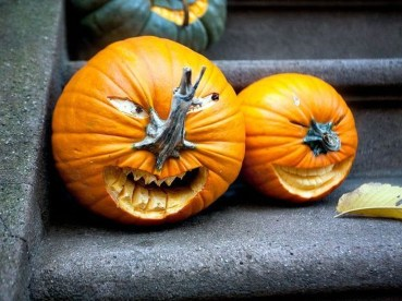 Best DIY Halloween Decorations To Perfect Your Outdoor Design 23