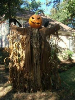 Best DIY Halloween Decorations To Perfect Your Outdoor Design 31
