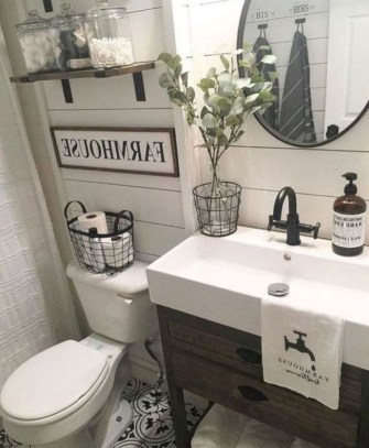 Cozy Fall Bathroom Decorating Ideasl 25