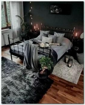 Cozy Halloween Bedroom Decorating Ideas 38