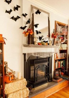 Elegant Halloween Mantel décor You Must Try In Halloween 2019 18