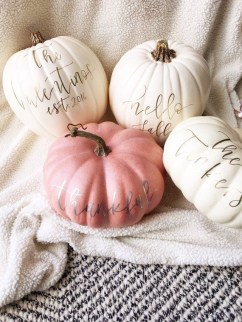 Gorgeous Pumpkin Decorating Ideas 03