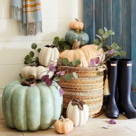 Gorgeous Pumpkin Decorating Ideas 13