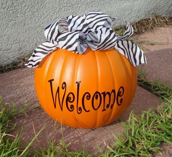 Gorgeous Pumpkin Decorating Ideas 15