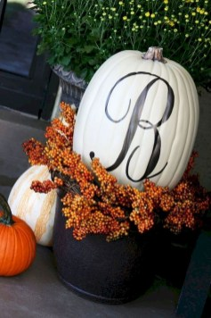 Gorgeous Pumpkin Decorating Ideas 23
