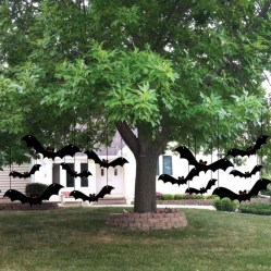 Most Amazing DIY Halloween Decoration Ideas to Make Your Outdoor Decoration More Perfect 22