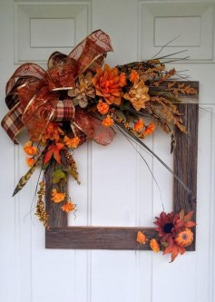 Most Beautiful Fall Decorating Ideas That Will Make More Perfect Home In This Fall 02