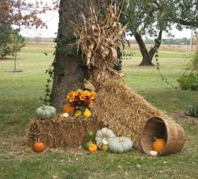 Most Beautiful Fall Decorating Ideas That Will Make More Perfect Home In This Fall 46