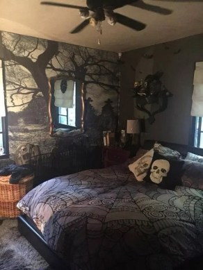 Small Bedroom Decoration with Halloween Ornament 06
