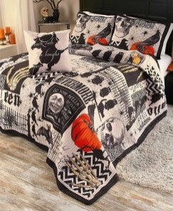 Small Bedroom Decoration with Halloween Ornament 23