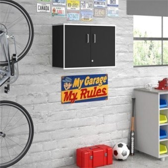 Smart and Comfortable Garage Organization for Your Small Room 04