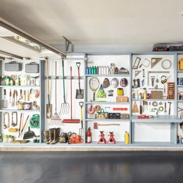 Smart and Comfortable Garage Organization for Your Small Room 12