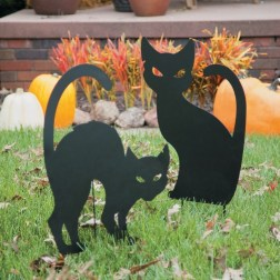 The Most Creepy Halloween Garden Decoration in Years 03