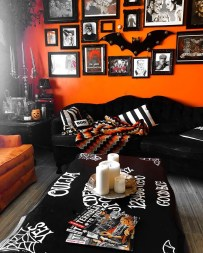 The Most Interesting Family Room Arrangement on This Halloween 19