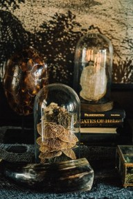 The Most Scary DIY Halloween Decoration Ideas For Your Home 04