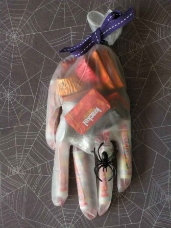 The Most Scary DIY Halloween Decoration Ideas For Your Home 33