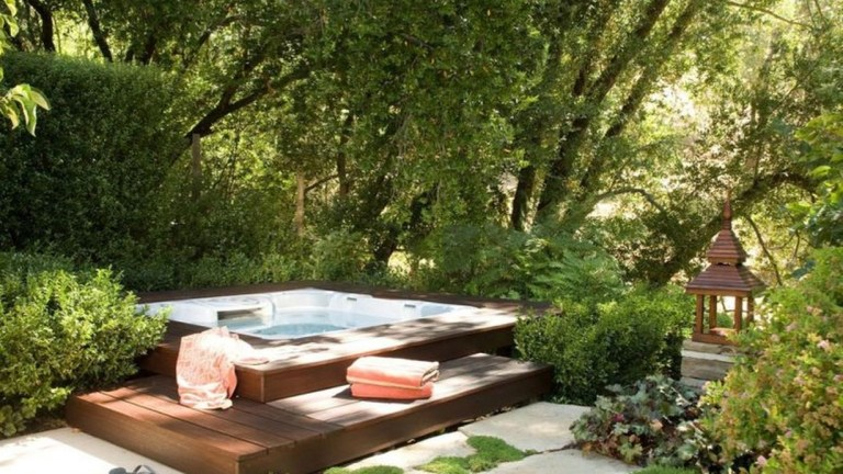 31 Awesome Backyard Hot Tub Design Ideas