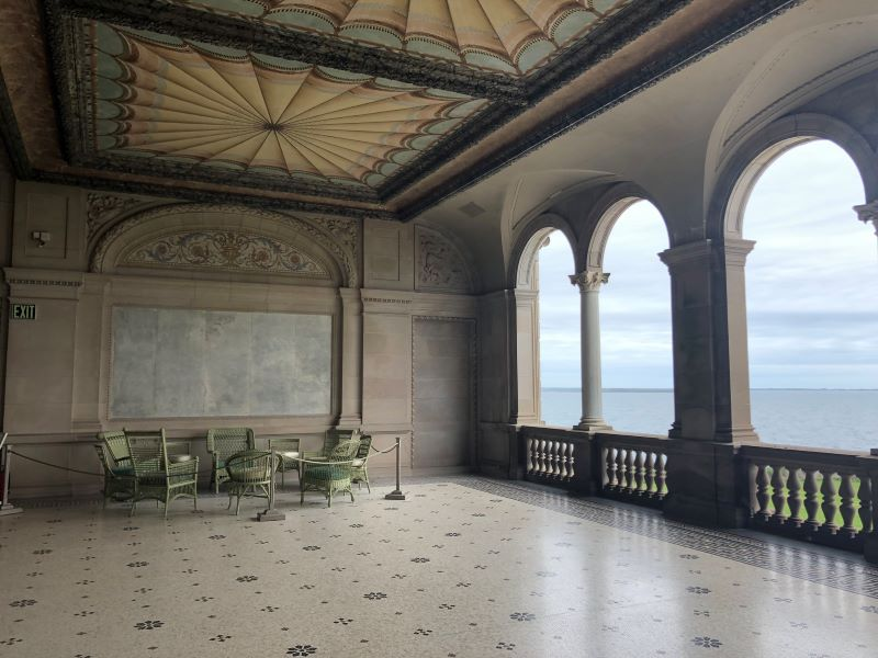 A photo of a balcony from the Breakers mansion tour.