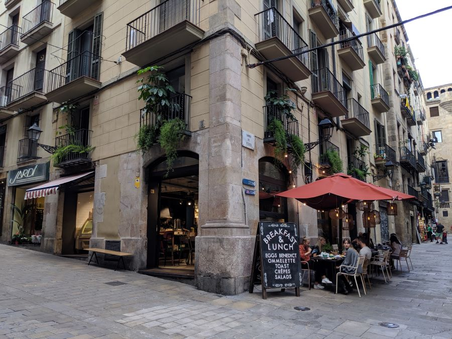 Things to do barcelona gothic quarter