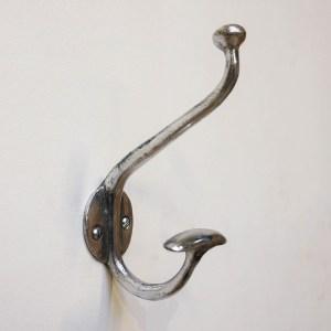 """Hook """"cabine / Bouton tassé alu"""" anciellitude"""