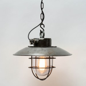 Ceiling lamp made of steel with light shade anciellitude